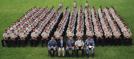 Picture of Ecuadorian Armed Forces meditating
